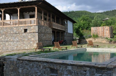 Панорама Хаус село Лещен